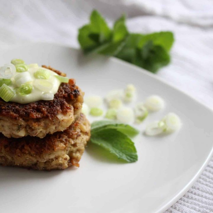 Quick and Easy low carb skillet-made Greek Tuna Cakes for the keto follower's dinner plan. If you love Greek and Mediterranean, these are for you! Gluten free. #GreekTunaCakes #ketotunacakes #tuna #keto #tunarecipe