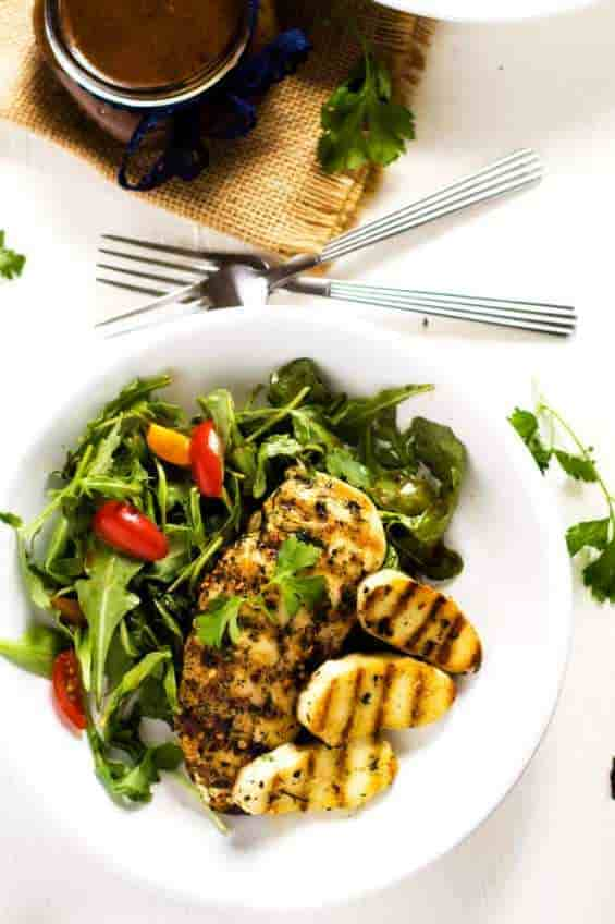 grilled chicken halloumi salad, keto