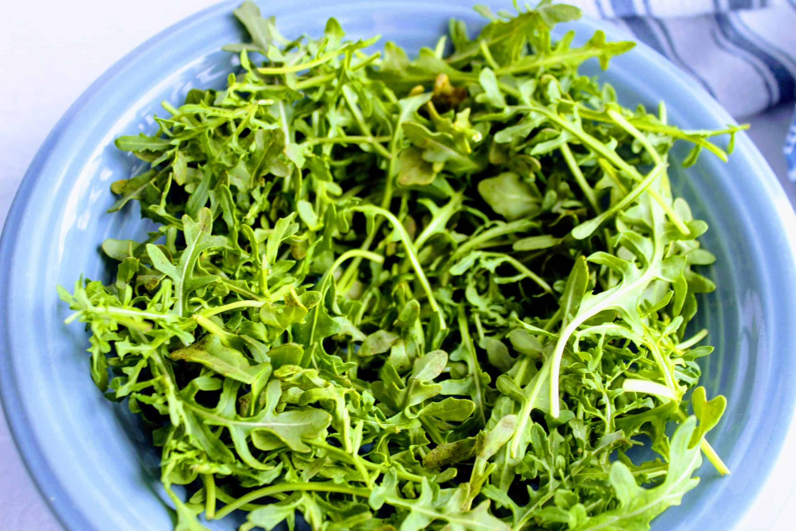Arugula for keto breakfast bowls