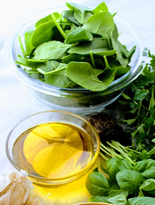 Quickest Way To Chop Spinach (without a knife!)
